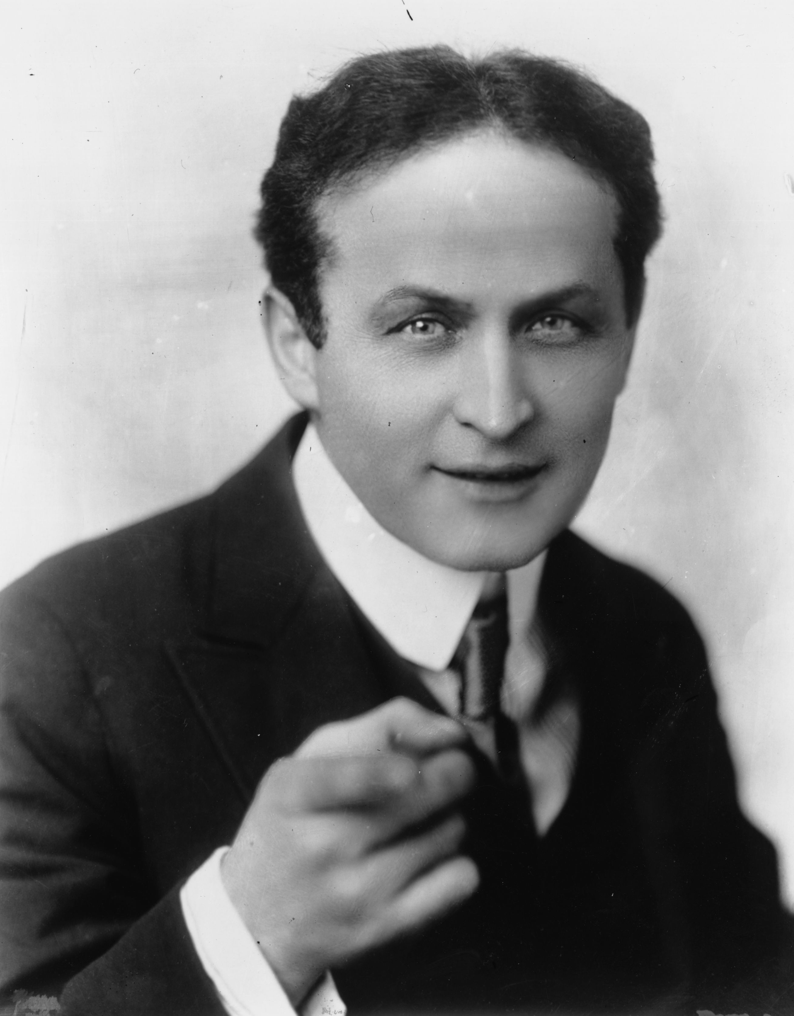 Harry Houdini holds a patent for his Diver Suit invention